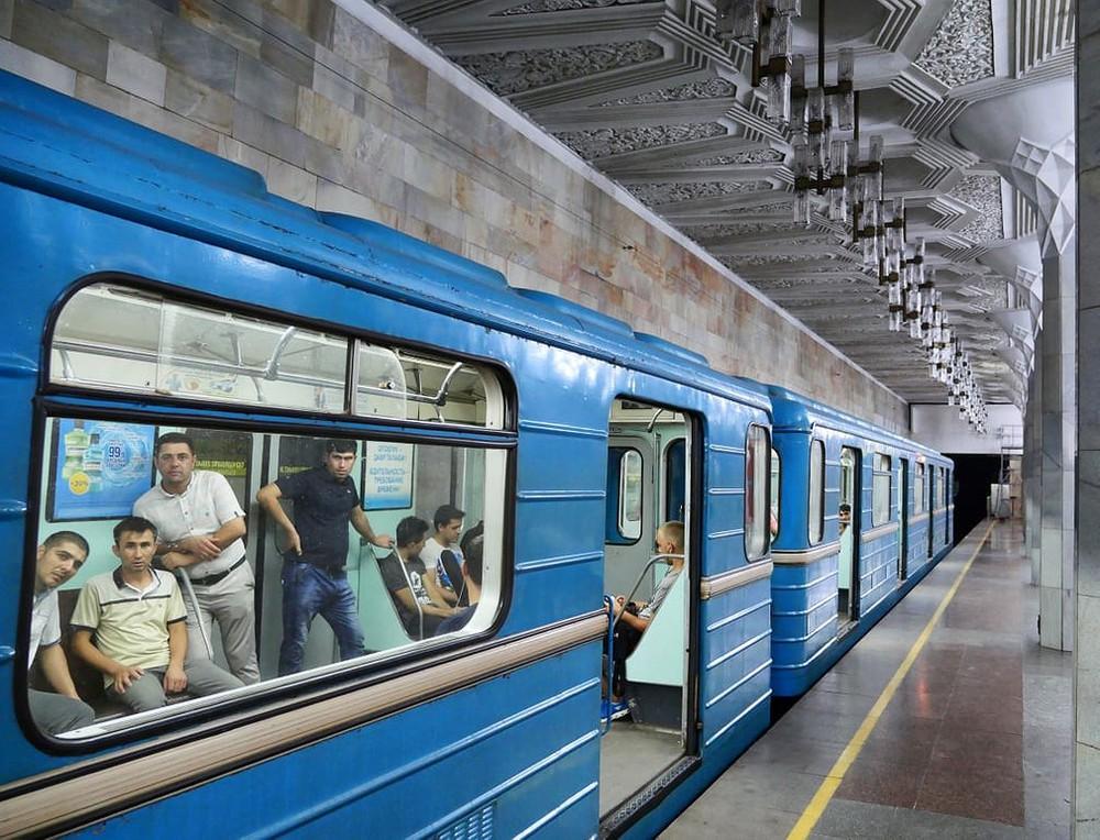 Uzbekistan sở hữu một trong những hệ thống nhà ga tàu điện ngầm đẹp