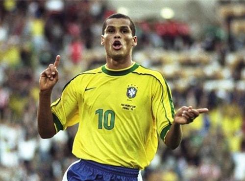 Cựu danh thủ Brazil Rivaldo từng đá ở Uzbek trong 2 năm