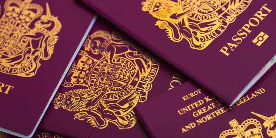 Nhập quốc tịch cấp tốc